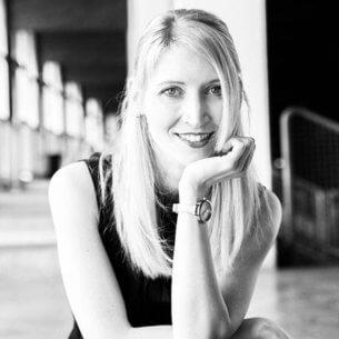 Freie Texterin Karin Bayer